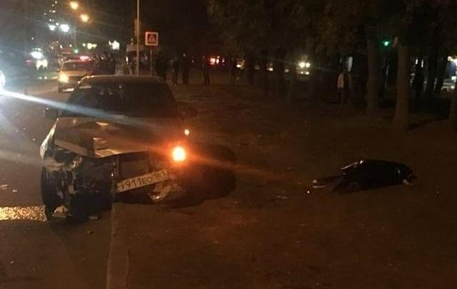 Рискнул пойти на красный: в Ростове машина насмерть сбила подростка