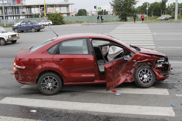 В новой версии ОСАГО разница тарифов между зелеными и опытными водителями стала почти двукратной