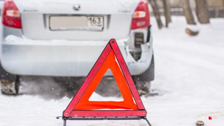 В Самарской области водитель Lada сбил перебегавшего трассу пешехода