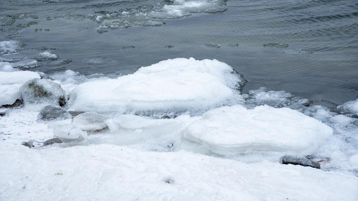В Ростовской области ребенок погиб, провалившись под лед