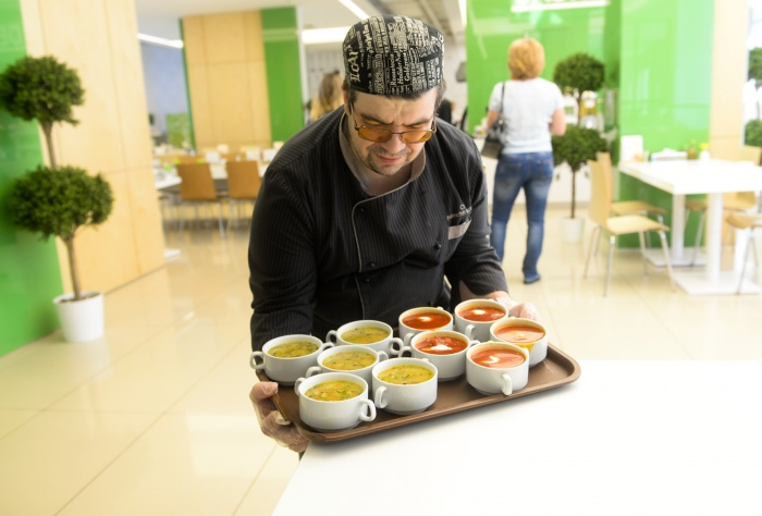 «Кейтеринбург» кормит сейчас ребят в 10 екатеринбургских школах и намерен продолжить экспансию на этом рынке
