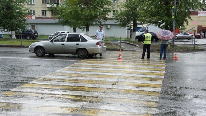 В Нижнем Тагиле водитель сбил троих детей, которые шли по пешеходному переходу