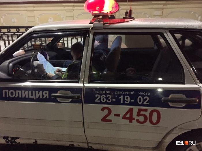 Младший лейтенант Шишков выписал Татьяне штраф за непропуск пешеходов, которые даже и не думали переходить