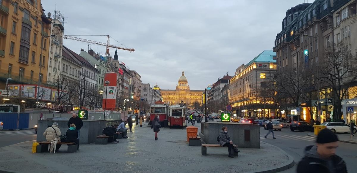 «Русских не любят за то, что выживают чехов»: экс-директор уральских «Трех толстяков» — о Праге
