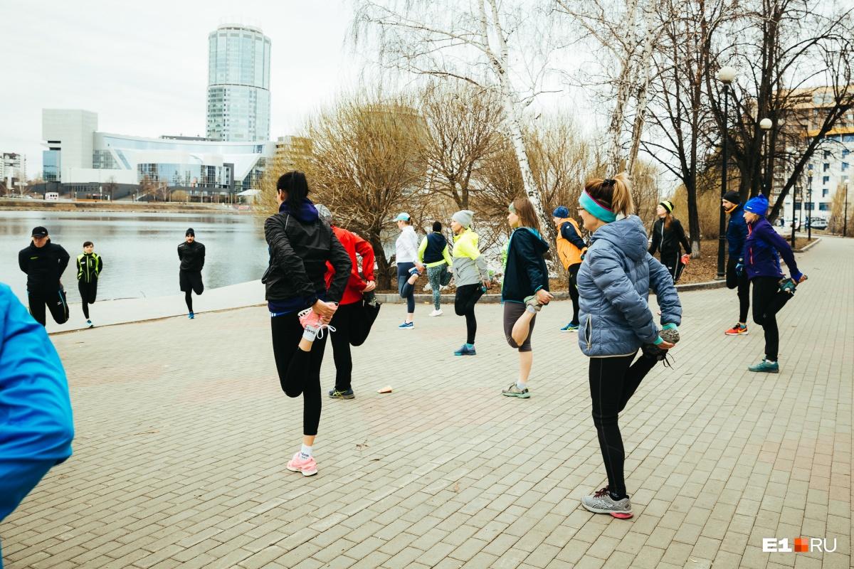 Разминка после пробежки — обязательная часть беговой программы. Но бывают внештатные ситуации...
