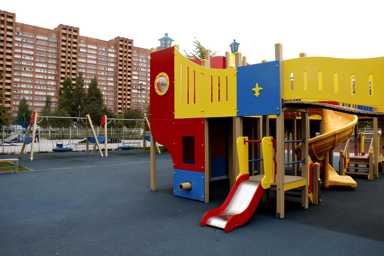 С момента строительства первого детского комплекса в округе появилось несколько новых многоквартирных домов