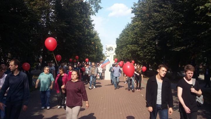 «Иду туда, куда едут автозаки»: в Уфе прошел митинг Навального