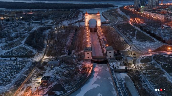 Мини-город или район? Известный фотограф снял свысока зимние красоты южной окраины Волгограда