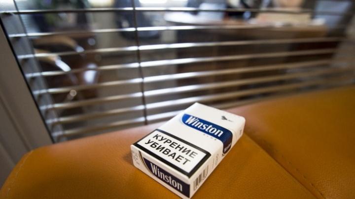 Дым из подполья: в Новосибирске стали чаще продавать контрабандные сигареты