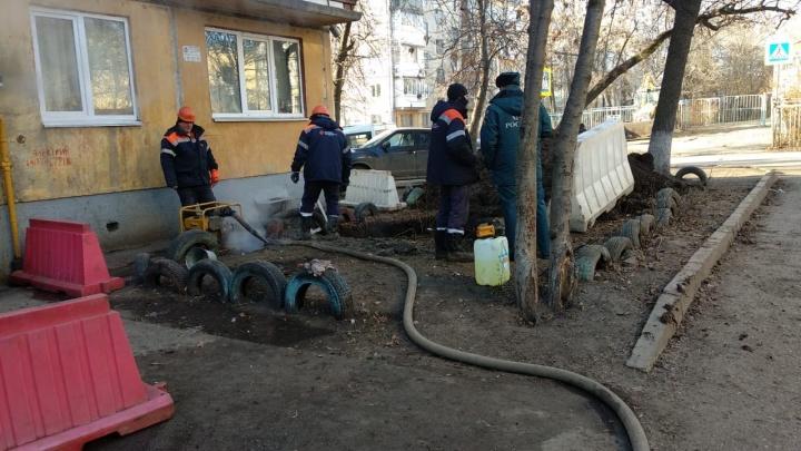 Спустя полдня жителям 29 многоэтажек в Уфе включили горячую воду