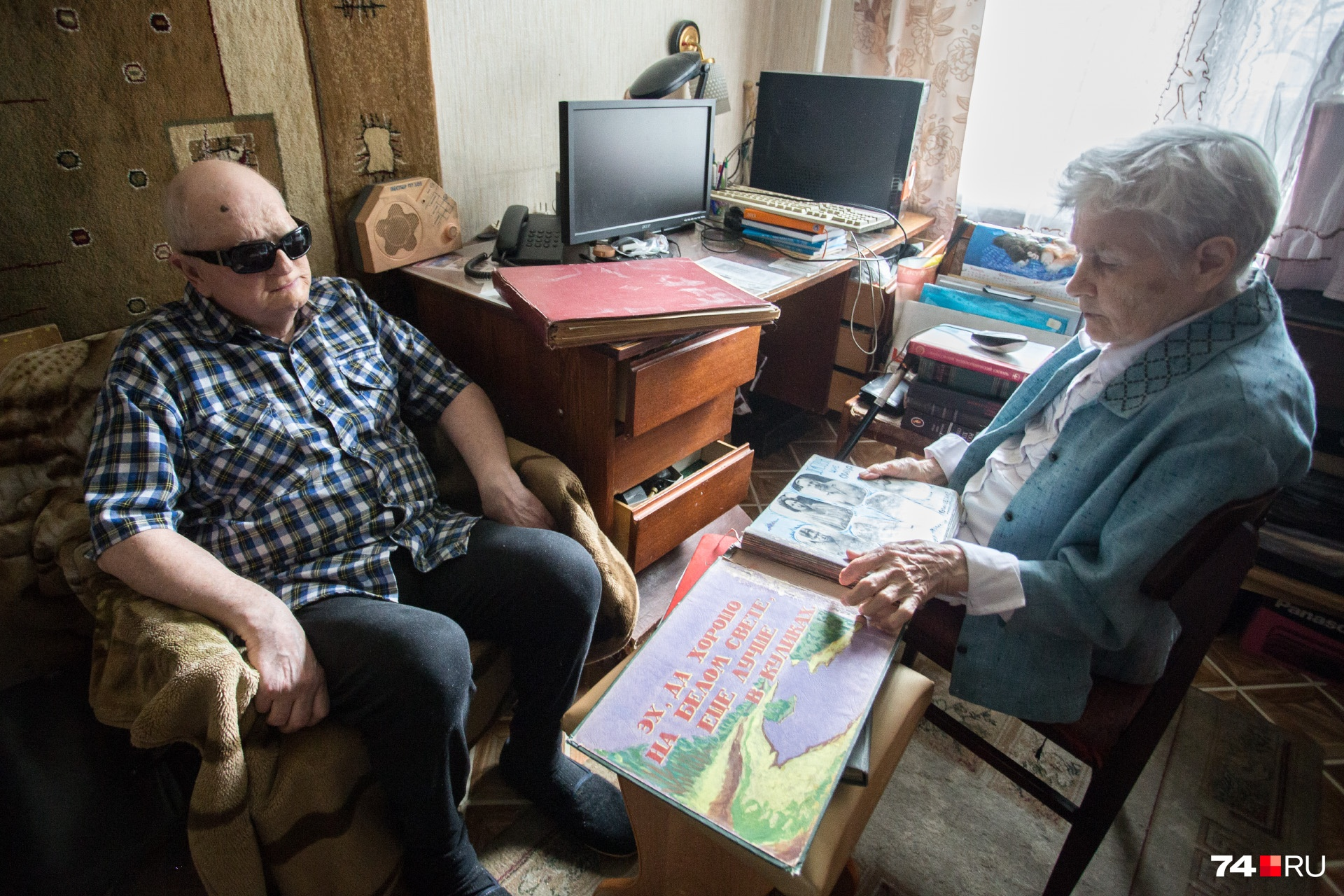 О фото из семейного альбома Игорь Владимирович знает лишь по описаниям