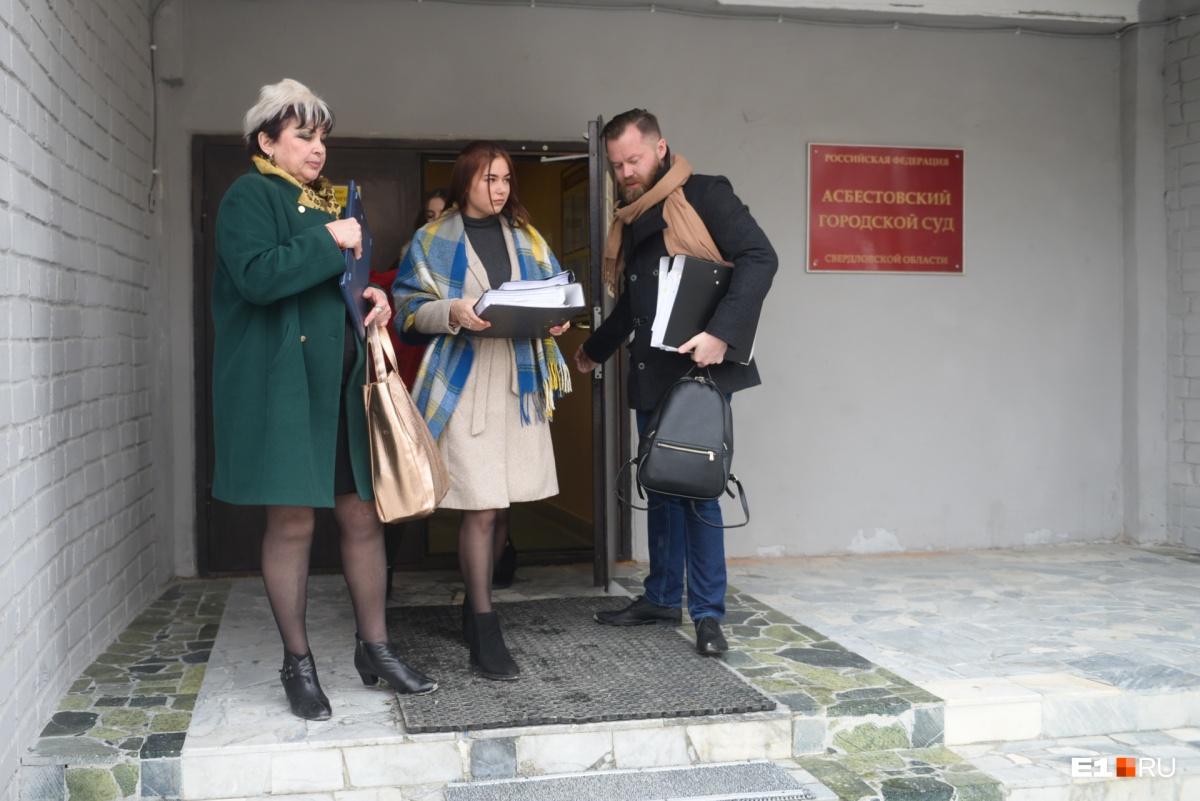Галина Викторовна намерена лишить Оксану родительских прав