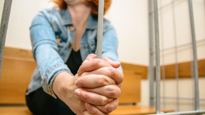 Не лечила своих детей: бывшей ВИЧ-диссидентке из Тольятти грозит тюремный срок