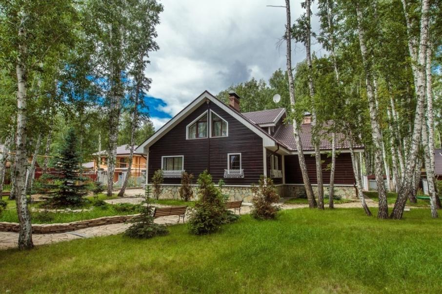 Число объявлений о продаже деревянных загородных домов возросло на 25 процентов
