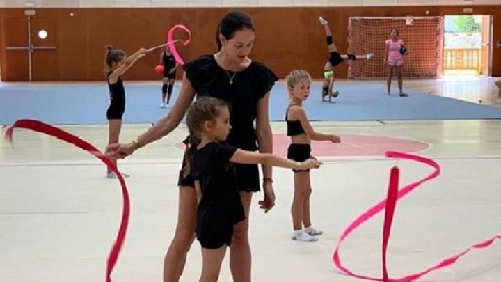 Ольга Глацких, прославившаяся фразой «государство не просило вас рожать», открыла школу для детей