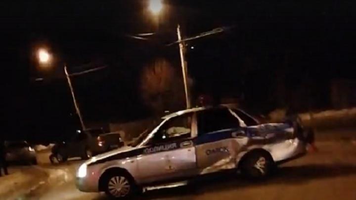 Полицейская «Приора» попала в аварию в Старом Кировске