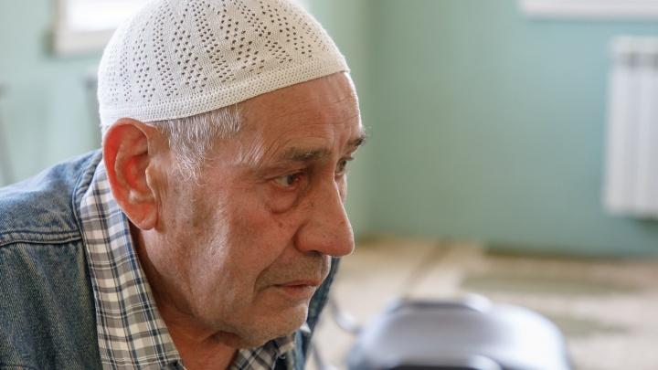 «Выводили из мечети под автоматами»: имам Волгограда вспоминает, как запрещали Курбан-байрам