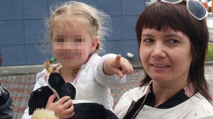 «Заговорила по-русски»: брошенную матерью в Молдове трёхлетнюю челябинку будет воспитывать тётя