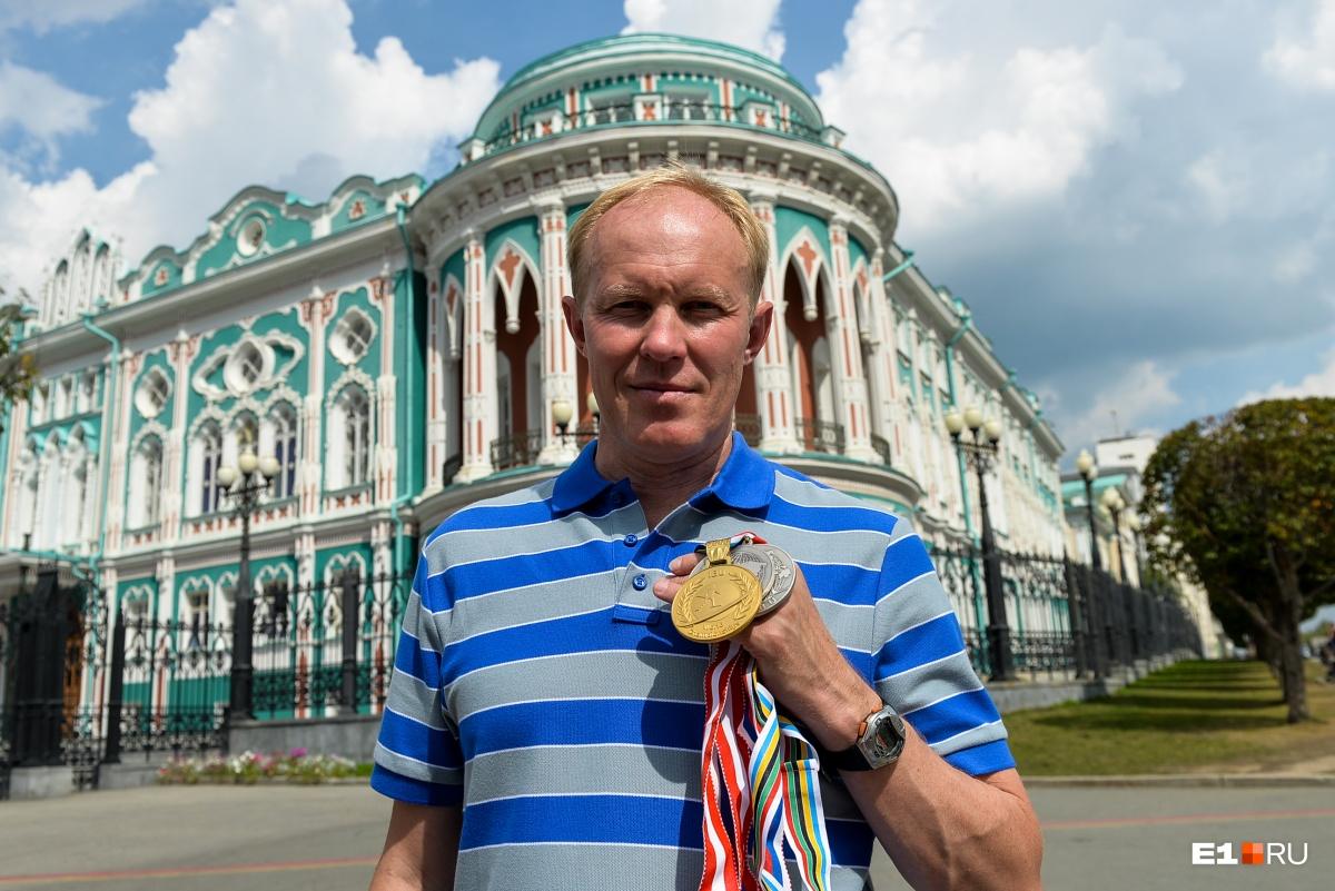 Биатлонист Сергей Чепиков признается, что обязан своей успешной политической карьерой Эдуарду Росселю