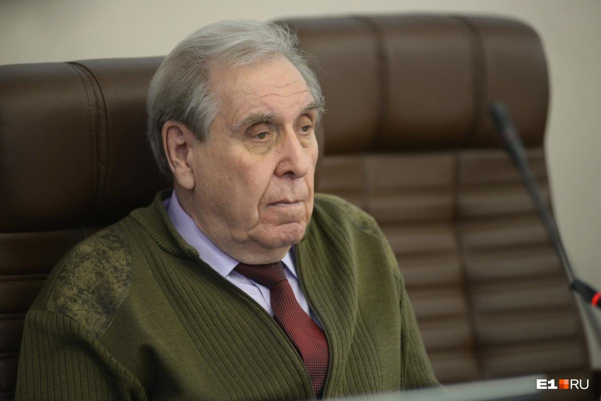 Петр Иванович Бартоломейозвучил одну из самых популярных версий смерти участников