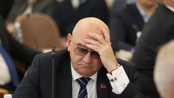 Главврач одной из крупнейших больниц Челябинска ушёл в отставку после 20 лет работы