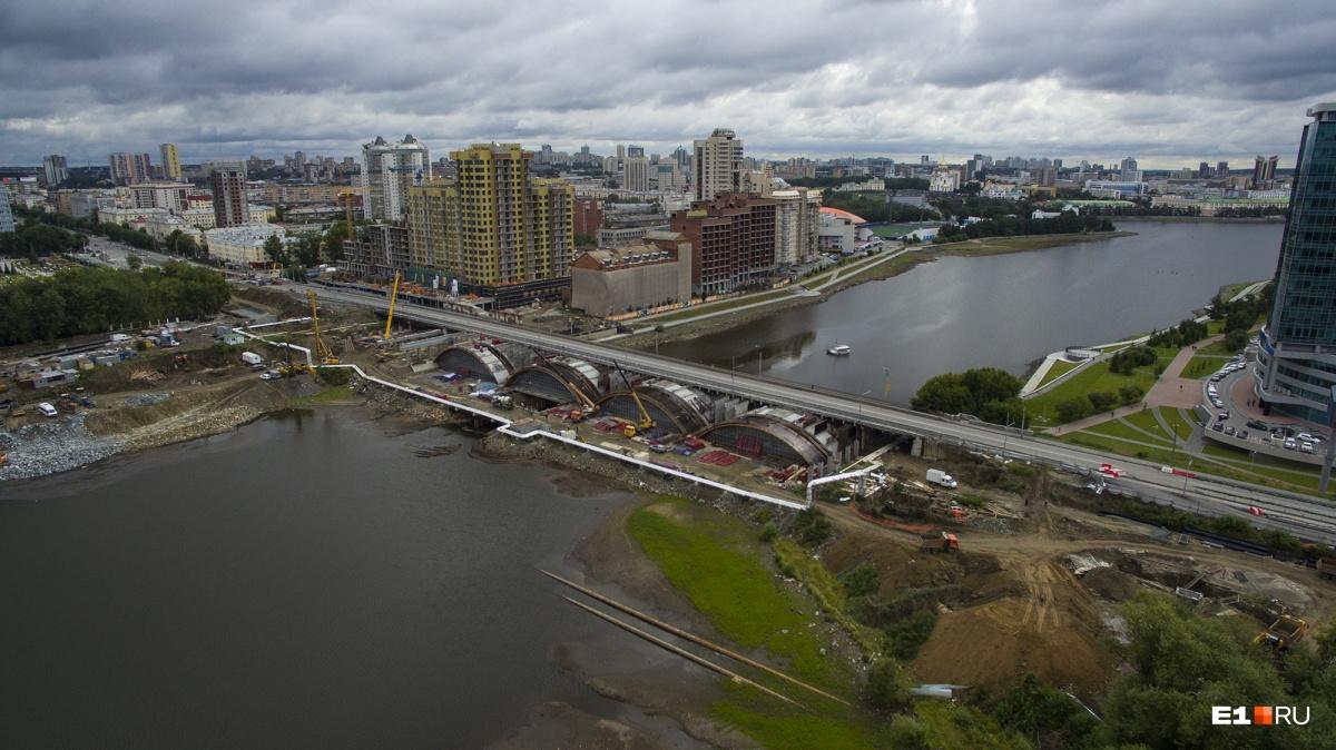 Первую очередь моста запустят в 2019 году