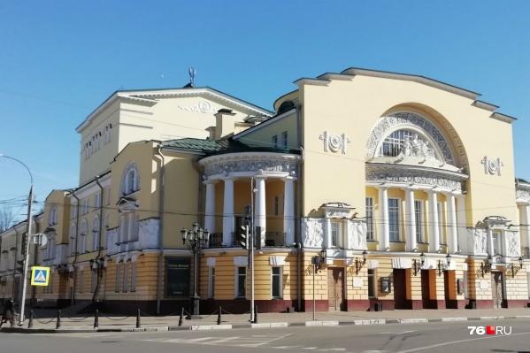 Останется Волковский театр самостоятельной единицей или объединится с Александринским?