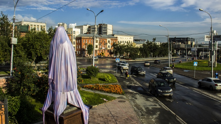 Задержанный за осквернение памятника цесаревичу Алексею отказался давать показания