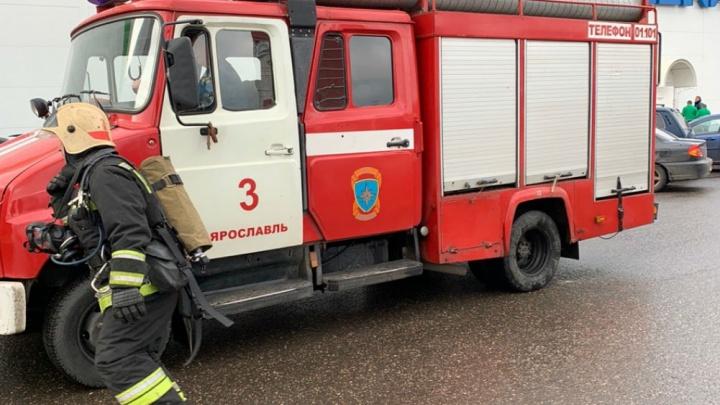К «Леруа Мерлен» в Ярославле съехались пожарные: что произошло