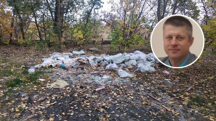 Замглавы Тракторозаводского района Волгограда требовал денег за уборку могил защитников Сталинграда