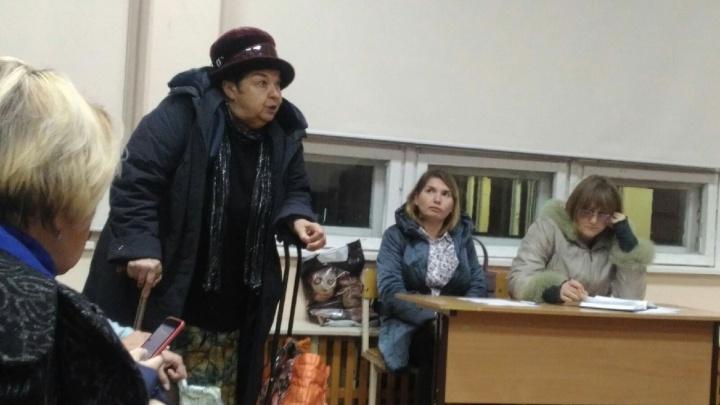 Бизнес vs зелёная зона: жители улицы Политбойцов борются против застройки сквера