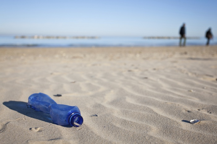 Кемеровчане очищают берег Искитимки от мусора и зарослей