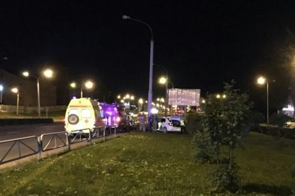 ДТП произошло на улице Чкалова поздно ночью