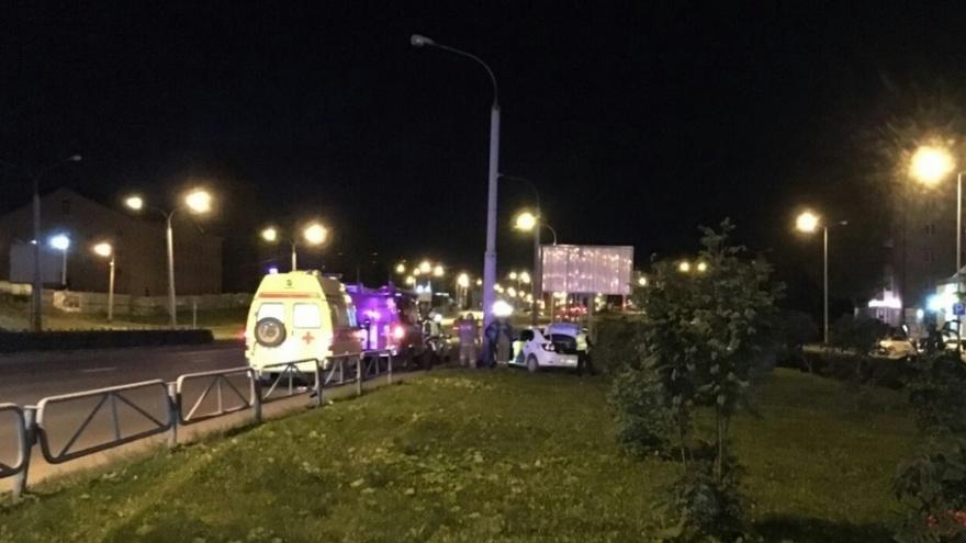 «Ему стало плохо за рулем»: в Перми в ДТП погиб водитель такси