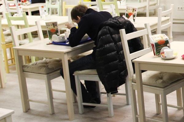 В каждом ресторане сибиряк проедал примерно 2,5 тысячи рублей