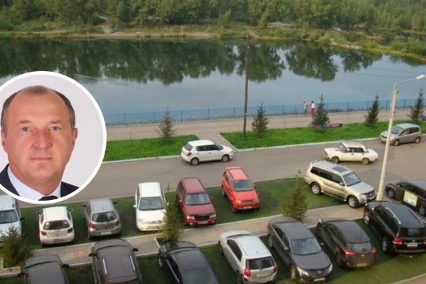 Депутат Игорь Сорокин высказался за необходимость повысить штрафы за парковку на газоне