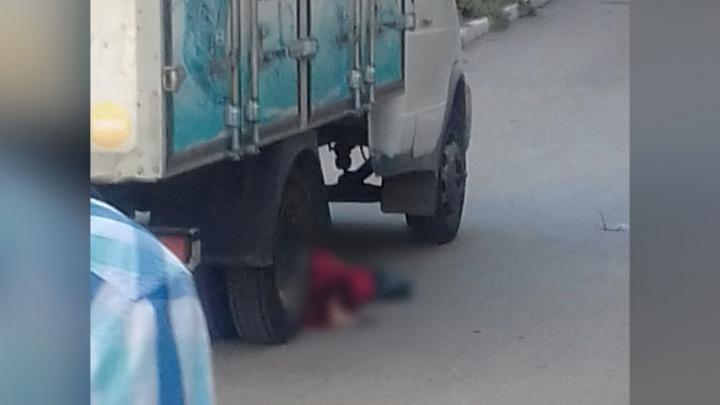 Во дворе по улице Савельева в Кургане «Газель» сбила насмерть пожилую женщину