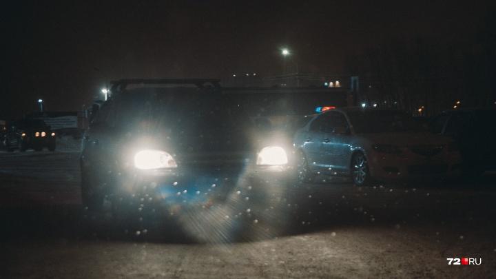 На трассе Тюмень — Нижняя Тавда мама с двумя маленькими детьми попала в ДТП