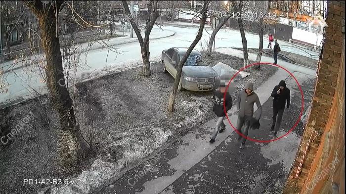 Парни попали на камеру видеонаблюдения