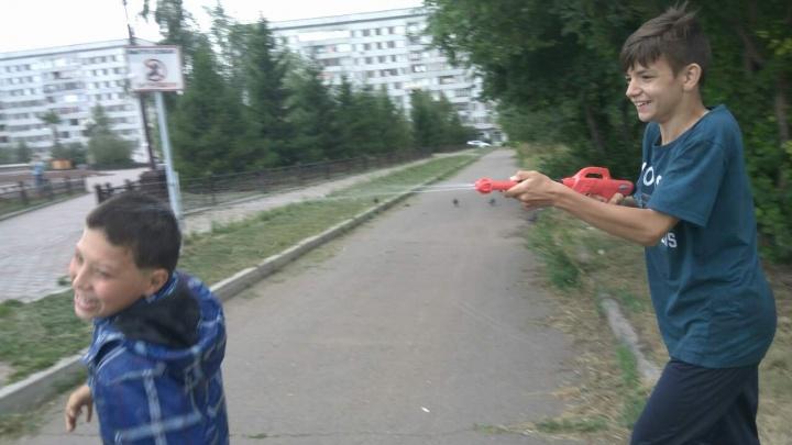 Холодная погода сорвала массовое празднование Дня Ивана Купалы в Красноярске