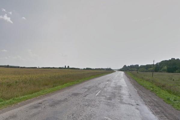 Авария произошла недалеко от посёлка Петропавловка
