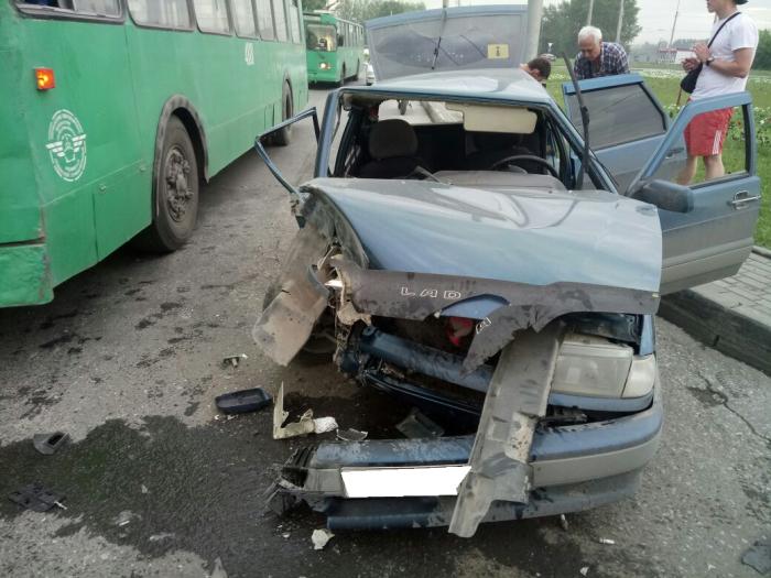 Авария произошла вечером 15 июня на ул. Станционной
