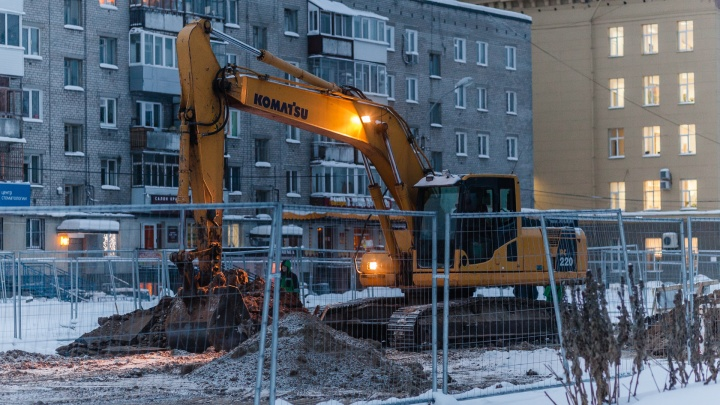 «Трамвай будет ходить бесшумно»: в Перми на Революции уложат трамвайные пути по новой технологии