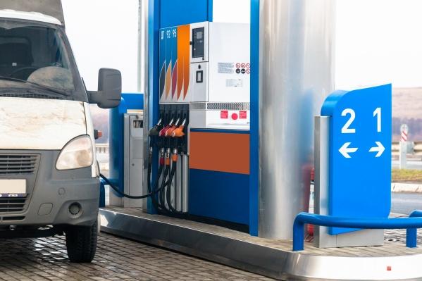 Средняя цена самого доступного вида топлива составила 41,17 рубля