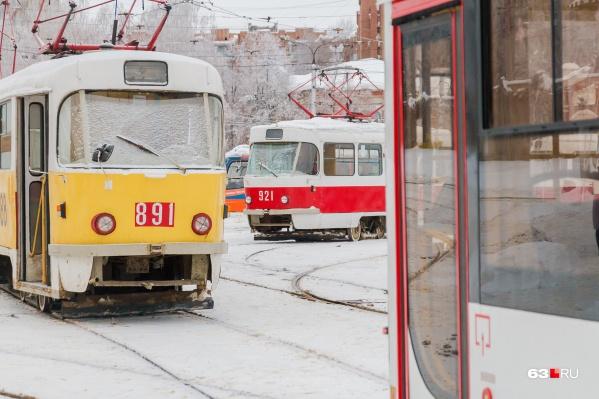 Сейчас трамваи ездят по укороченной схеме