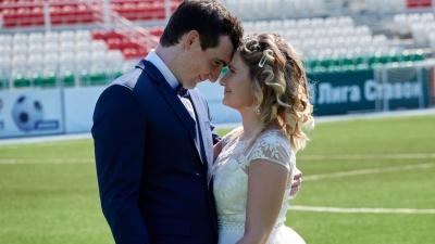 Вот это поворот: валлийский футболист женился на девушке из Уфы