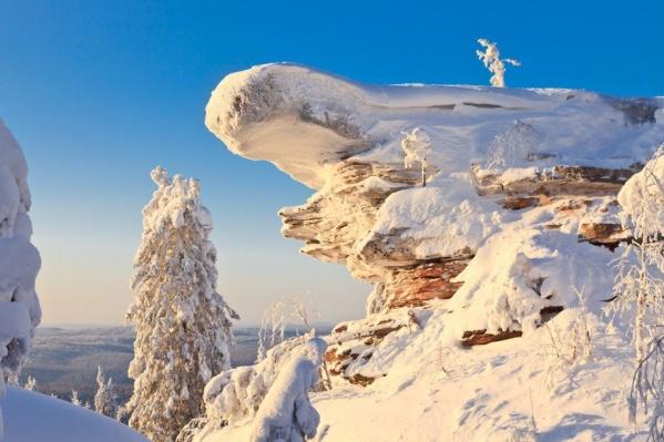 Посмотрите на этот сказочный пейзаж. Это Каменный город, который считается главной достопримечательностью Пермского края