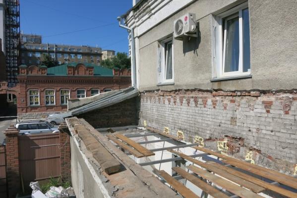 Краевед Константин Голодяев считает, что нижняя часть здания могла быть построена ещё в 1910-х годах