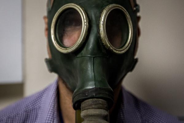 Для маскировки подростки использовали противогазы