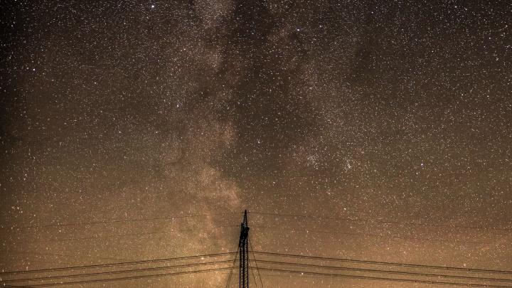 «Настоящий звёздный дождь»: Челябинскую область озарил метеорный поток Дракониды